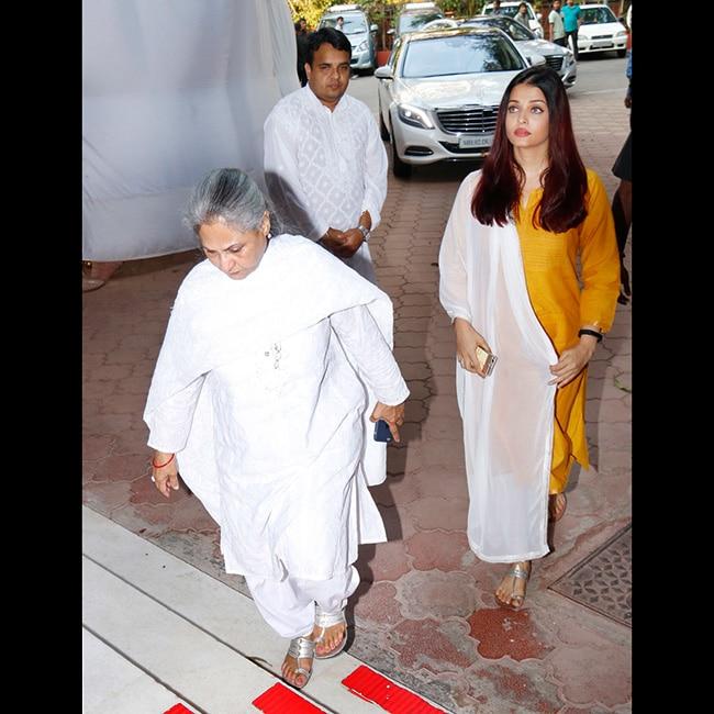 Jaya Bachchan and Aishwarya Rai at Shammi aunty   s Chautha