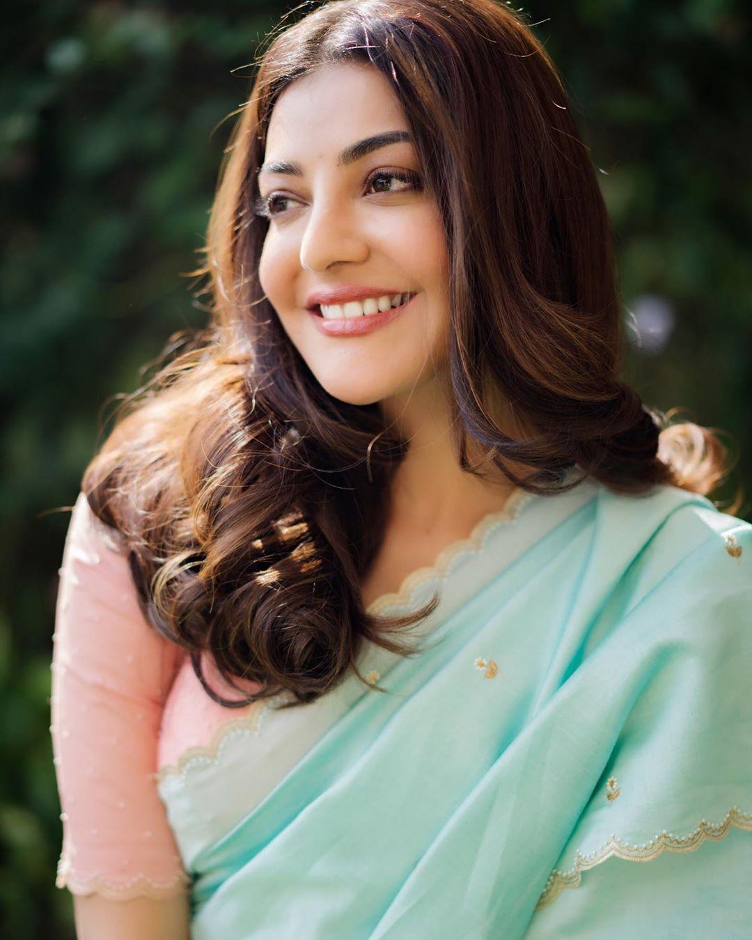 Kajal Aggarwal Flaunts Her Saree Look