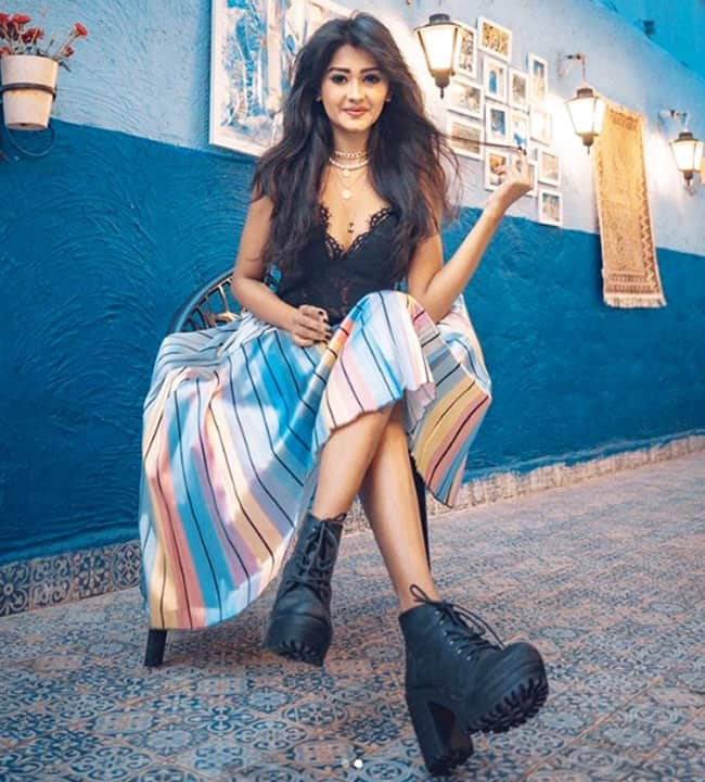 Kanchi Singh Sizzles in Colourful Skirt And Black Top