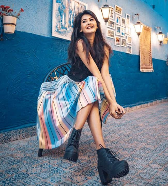 Kanchi Singh s Sassy Look in Black Boots