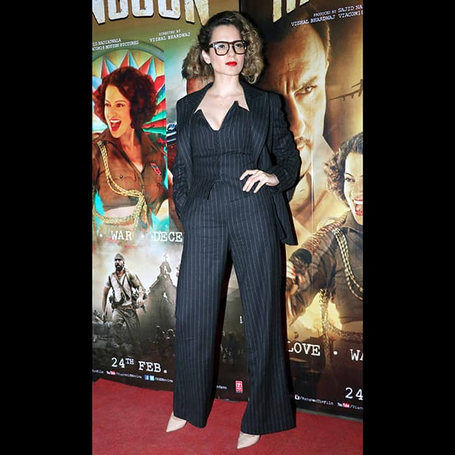 Kangana Ranaut in H M during Rangoon promotions