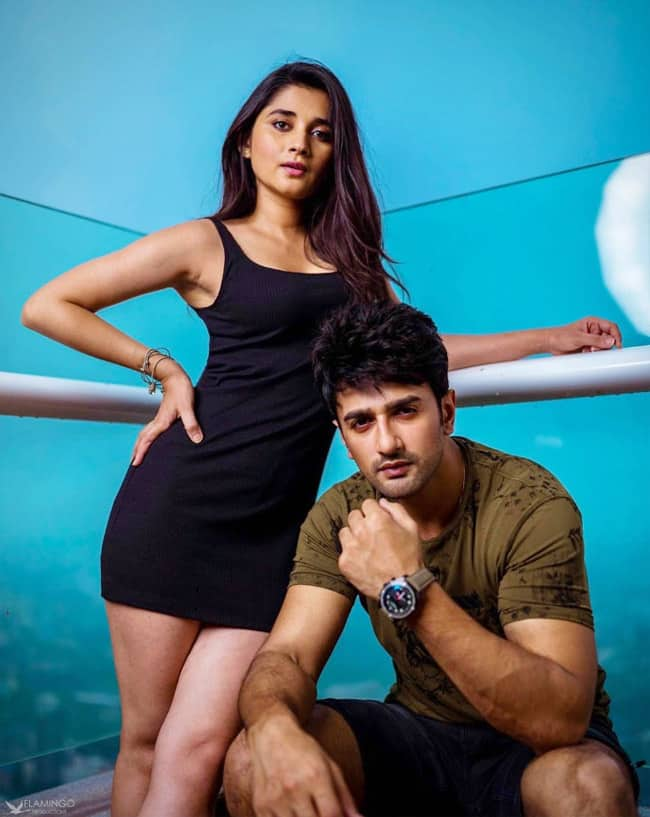 Kanika surprises fans by sharing her and Nishant's new photoshoot