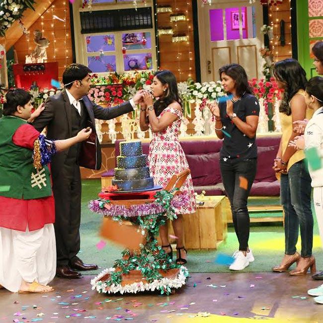 Kapil Sharma celebrating 100th episode  with Kiku Sharda