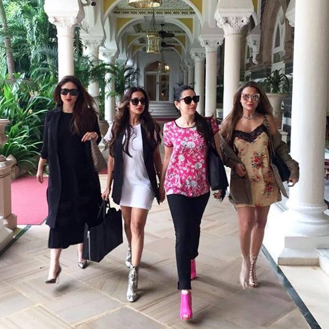 Kareena Kapoor Khan  Malaika Arora  Amrita Arora and Karisma Kapoor