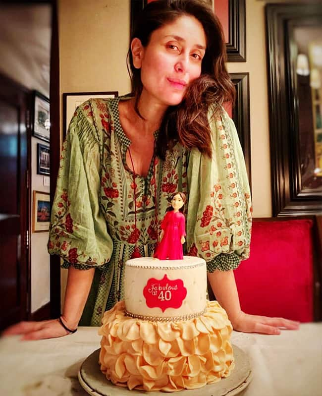 Kareena Kapoor Khan   s birthday cake is the talk of the town