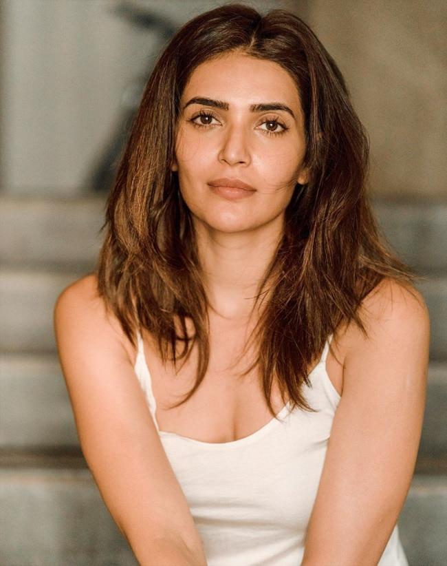 Karishma Tanna Looks Her Sexiest Best