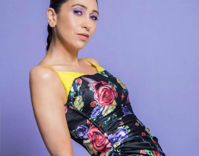 Karisma Kapoor Wears Purple Eye Makeup And a Cool Prabal ...