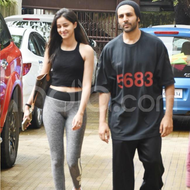Kartik Aaryan And Ananya Panday spotted again