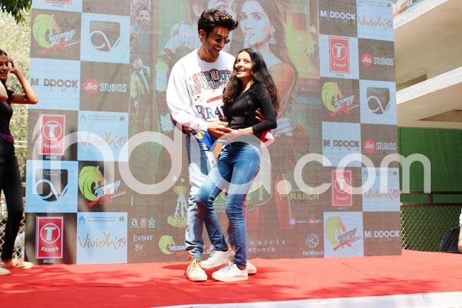 Kartik Aaryan And Kriti Sanon During Song Launch