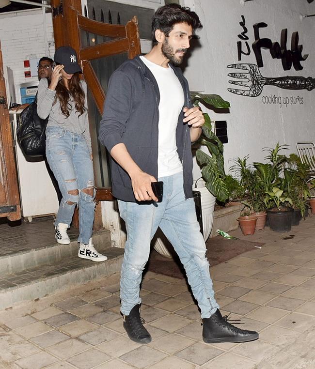 Kartik Aaryan spotted with rumored girlfriend in Mumbai