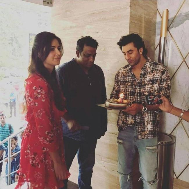 Katrina Kaif and Ranbir Kapoor celebrating Anurag Basu   s birthday