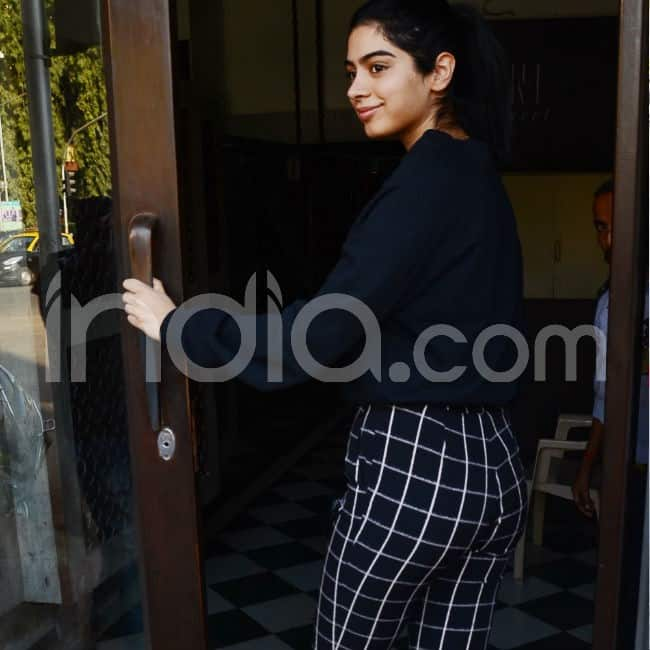 Khushi Kapoor goes out with a friend