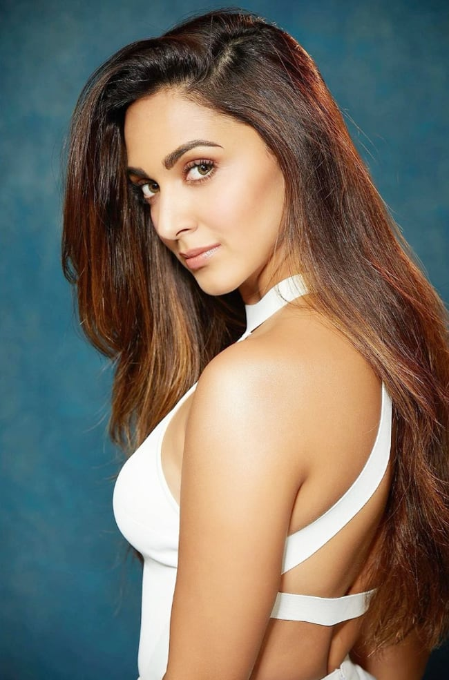 Kiara Advani Stuns in a White Chic Outfit For Shershaah Promotions