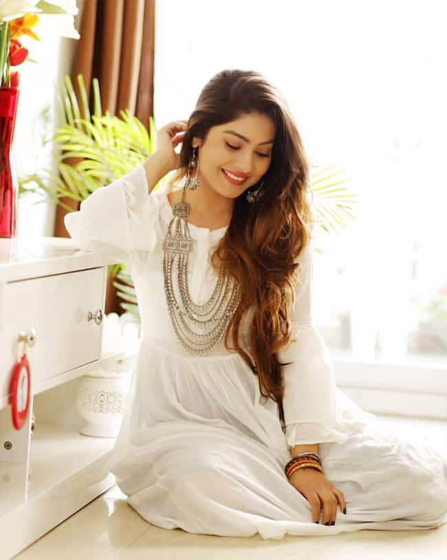 Krishna Mukherjee   s Hot White Look