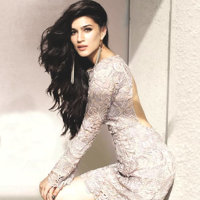 Sexy photos of kriti sanon