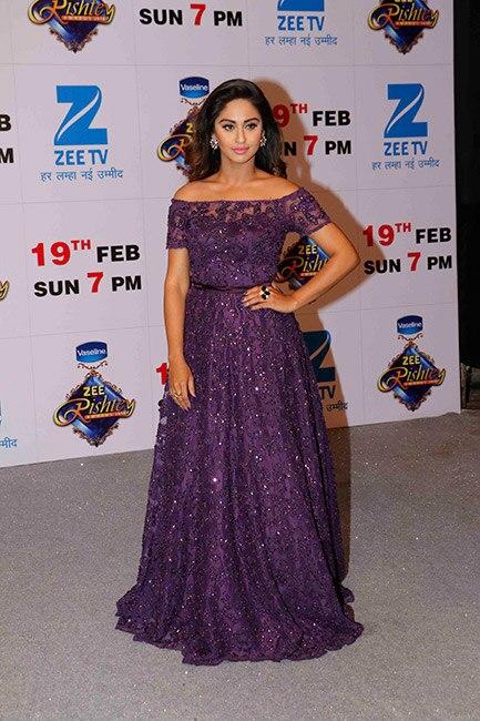 Krystle D   souza at red carpet of Zee Rishtey Awards 2017