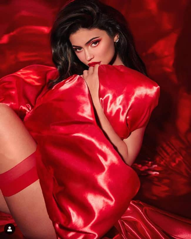 Kylie Jenner Looks Sexy in Crimson Sequins