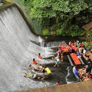 Pics of Labassin Waterfall Restaurant in Philippines will give you travel goals, see why!
