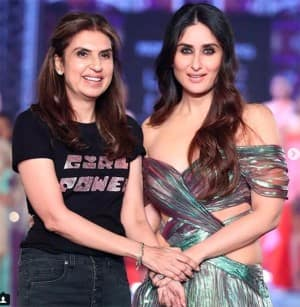 Lakme Fashion Week 2018: Kareena Kapoor Khan Looks Hot at The Ramp in a Sexy Shimmery Gown