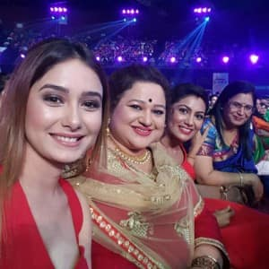 Inside pictures of Zee Rishtey Awards 2017!
