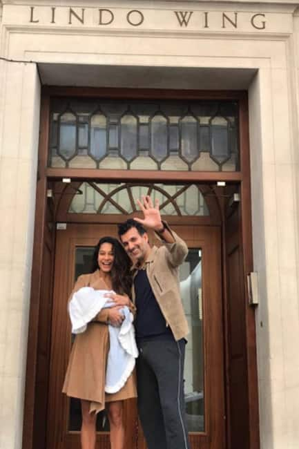 Lisa Haydon welcomes her first baby in London