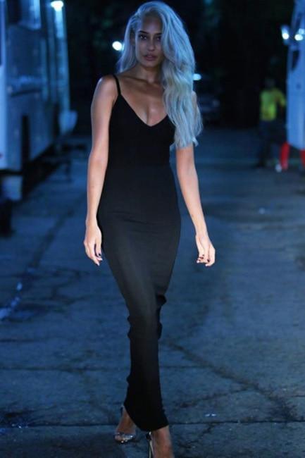 Lisa Haydon   s bold hair color