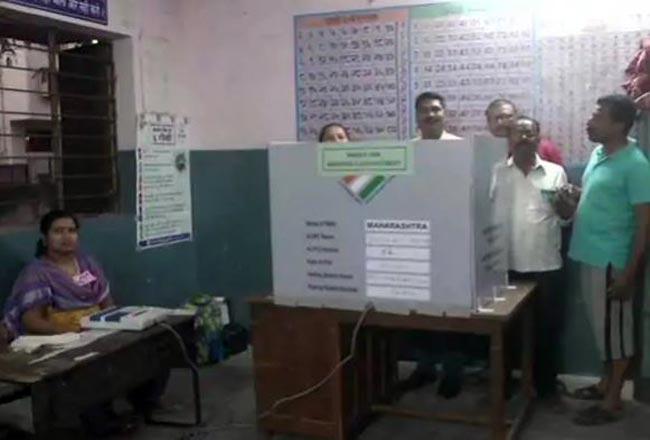 Lok Sabha Elections 2019 Phase 2 LIVE  35 4  Voter Turnout in Maharashtra Till 1 PM