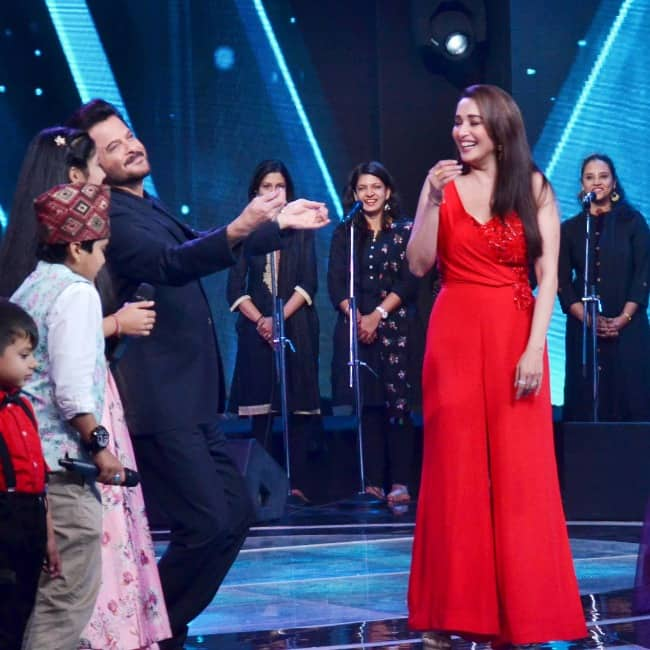 Madhuri Dixit Nene  Anil Kapoor and Riteish Deshmukh have a ball with kids