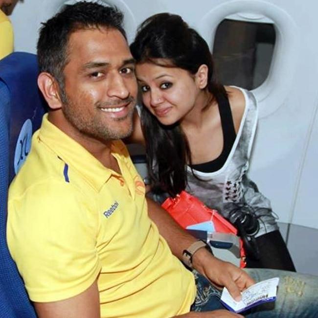 Mahendra Singh Dhoni   s wife  Sakshi Dhoni
