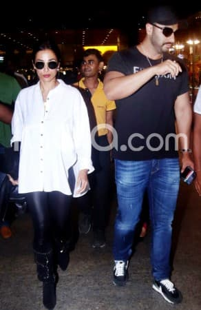Malaika Arora, Arjun Kapoor Returns to India After Romantic Vacation in New York And Maldives