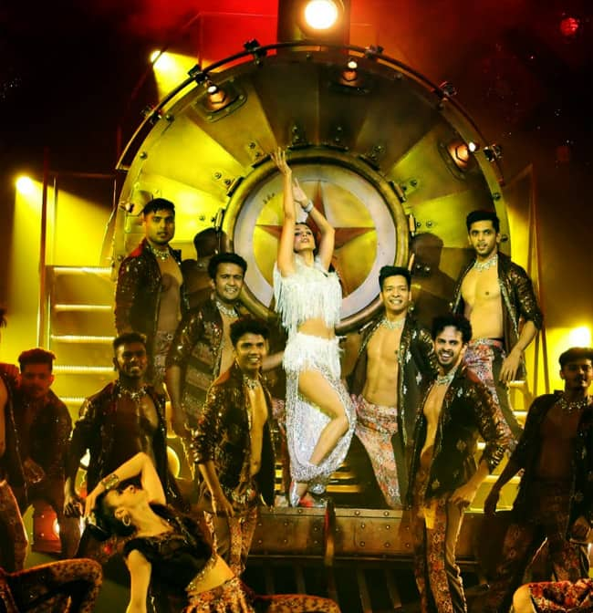 Malaika Arora will burn the dance floor with her amazing moves