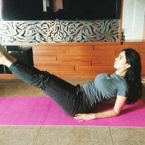 8 hot yoga pics of Bollywood actress Mallika Sherawat on Instagram