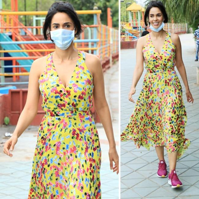 Mallika Sherawat goes out for a walk