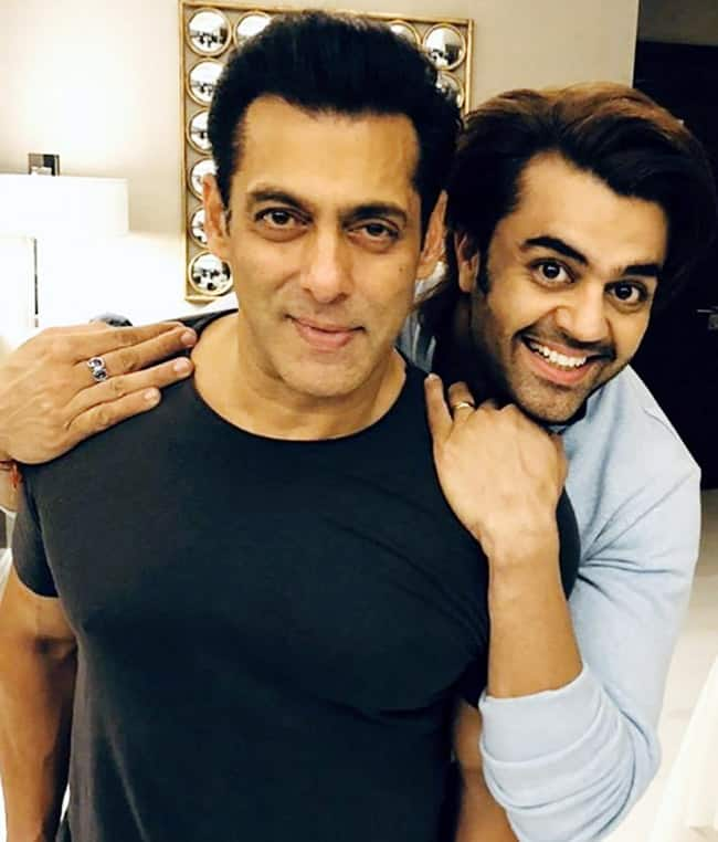 Manish Paul Gets Clicked With The    Bhai    of Bollywood