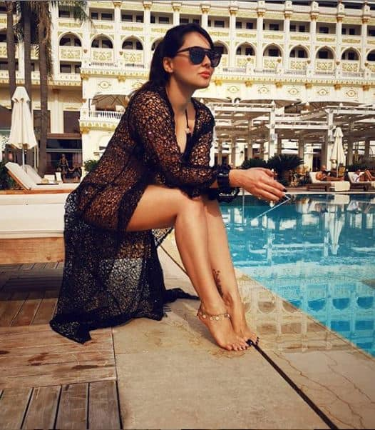 Manissha Lamba Raises Temperature in black bikini