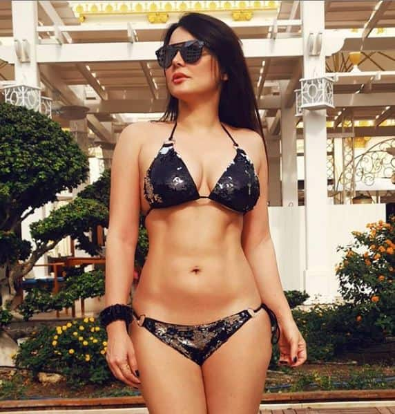 Manissha Lamba   s is upto hotness as she tours the world