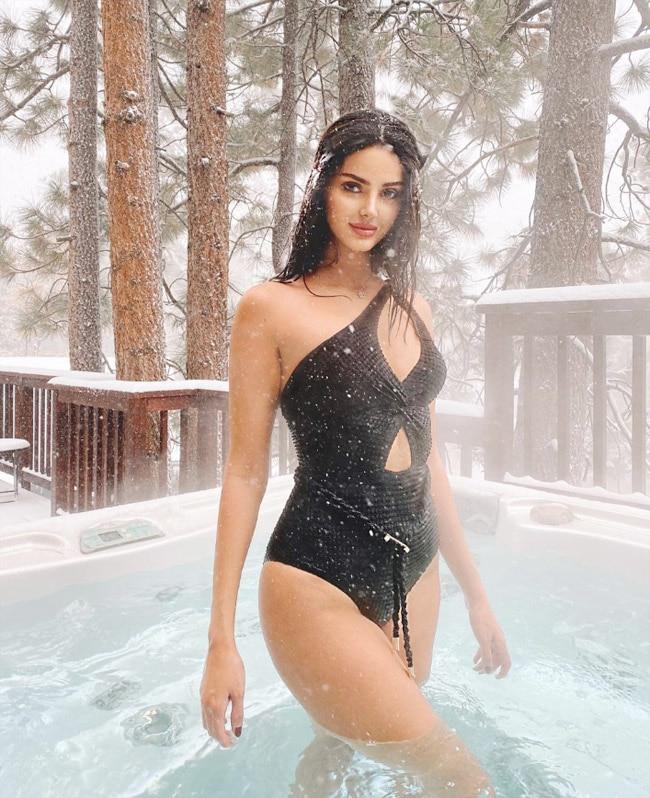 Rai bikini aishwarya Aishwarya Rai:
