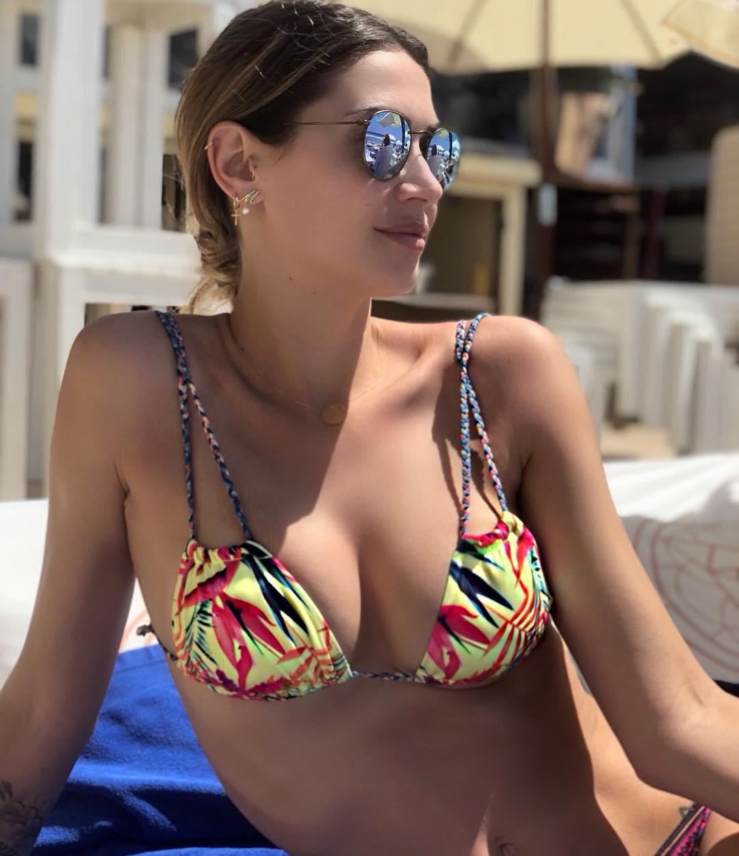 Melissa s Hot And Sexy Bikini Look