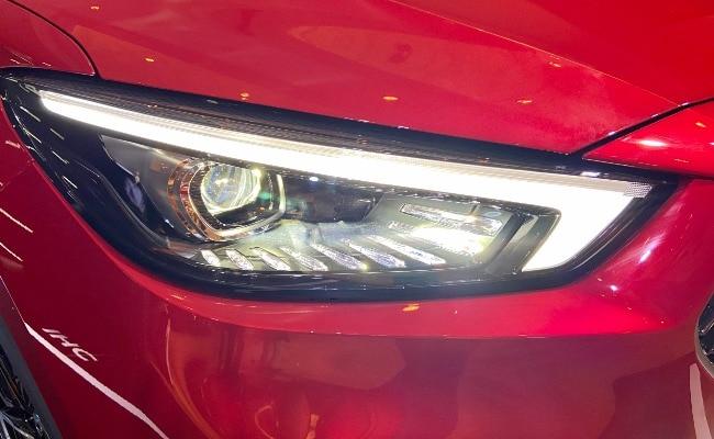 MG Astor  Full LED Hawkeye headlamps