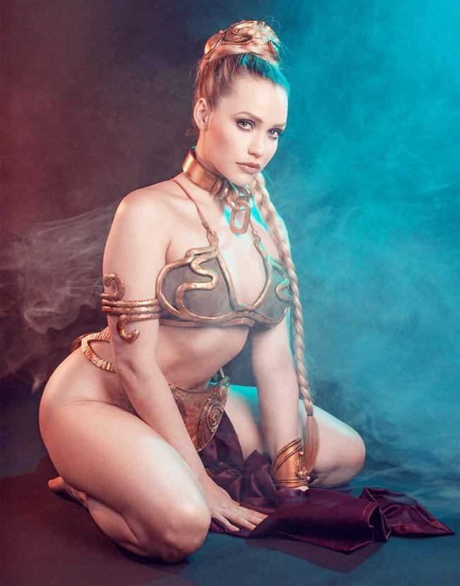 Mia Malkova Goes Sexy The Ancient Way