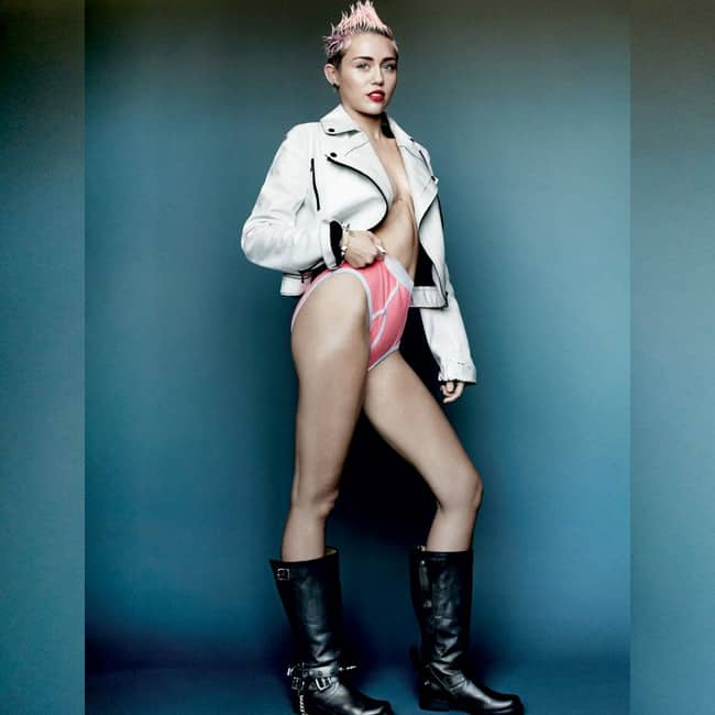 Sexy picture of miley cyrus