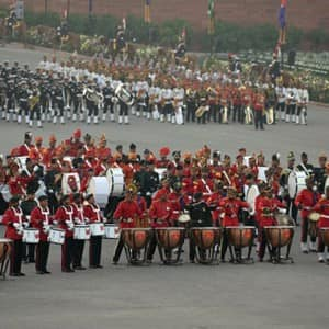 Beating the Retreat 2018: 11 enthralling pictures of formal submission of the 69th Republic Day celebrations