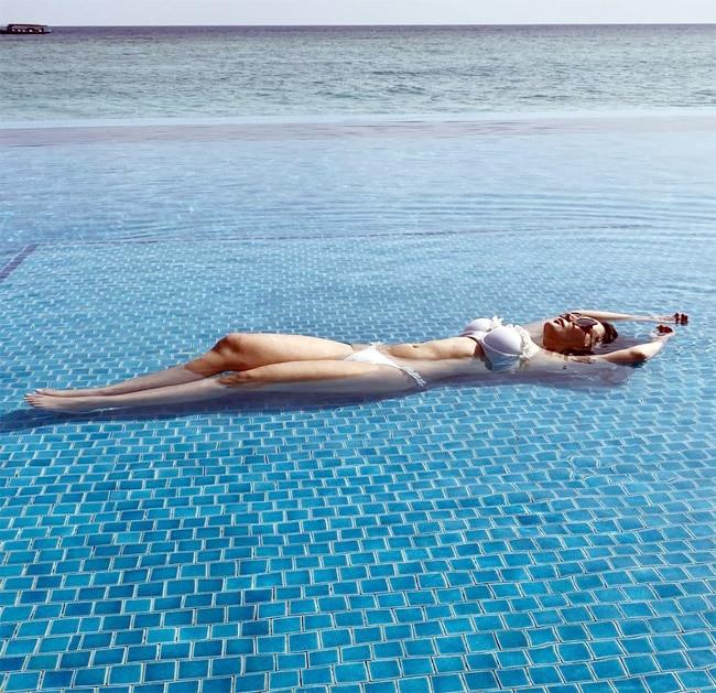 Minissha Lamba 30  Hot Photo s in Bikini Swimsuit
