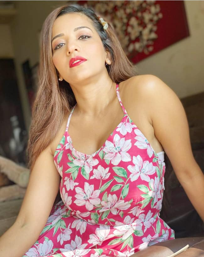 Monalisa is Pretty in Pink Floral Dress