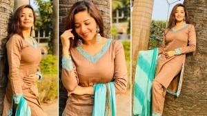 Bhojpuri Sensation Monalisa is Gorgeous in a Brown Colour Suit, Fans Say Wow| View PICS