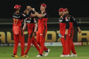 IPL 2020 Match 25 in Pictures: Virat Kohli, Bowlers Shine as Royal Challengers Bangalore Beat Chennai Super Kings by 37 Runs in Dubai