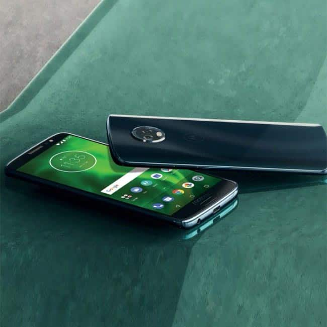 Moto G6 and Moto G6 Play display features