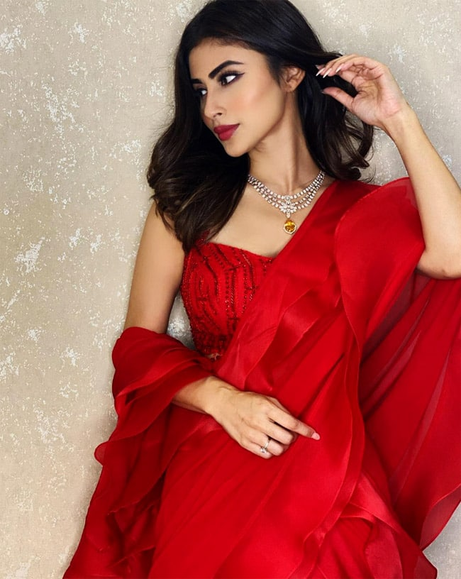 Mouni Roy creates magic in that shade of red