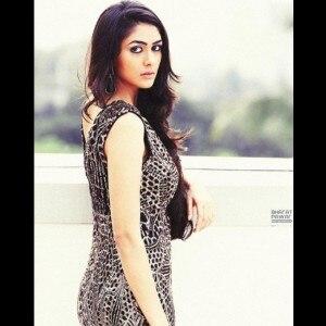 Meet Mrunal Thakur, Hrithik Roshan's onscreen wife in Super 30