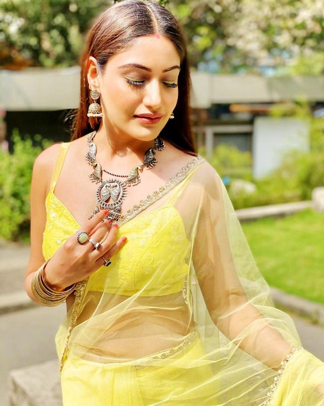 Naagin 5 Actress Surbhi Chandna's sultry saree photos